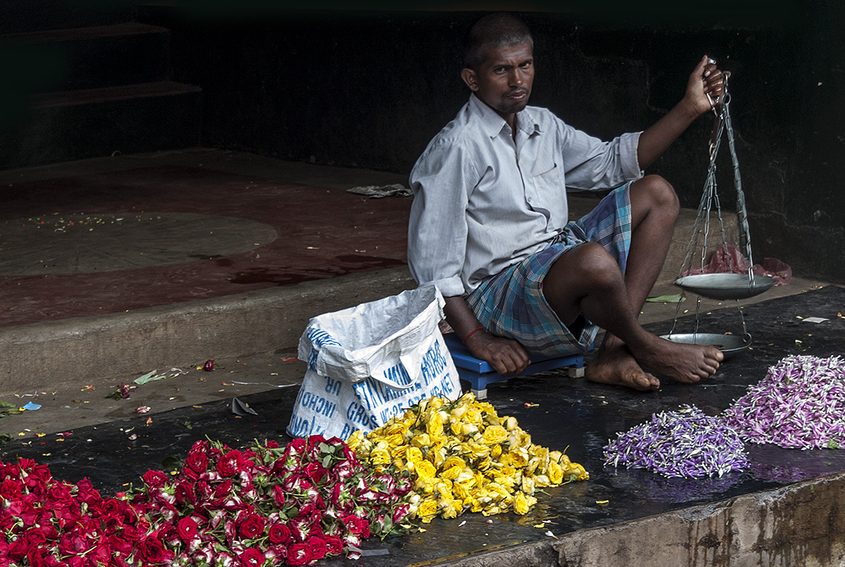 From the Colors of Kerala - Flower Markets