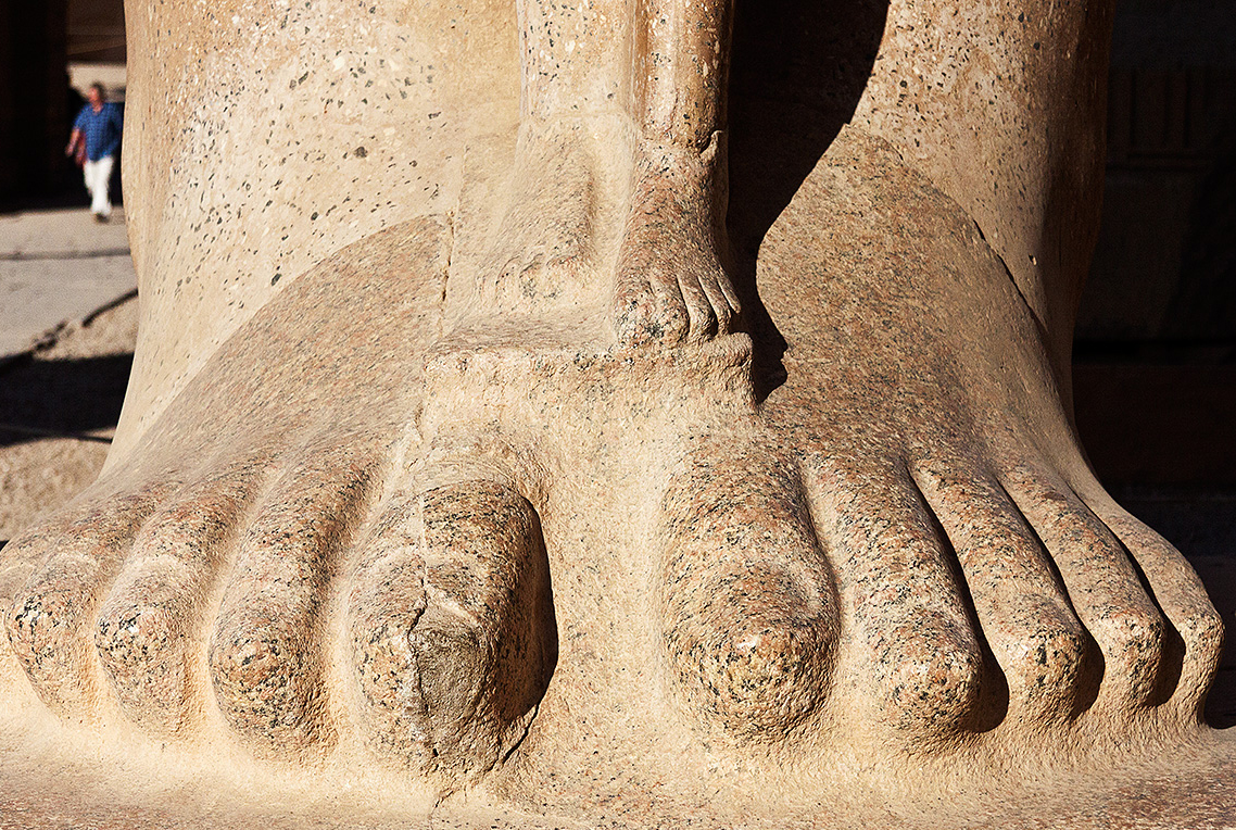 Karnak Big Feet, Little Feet