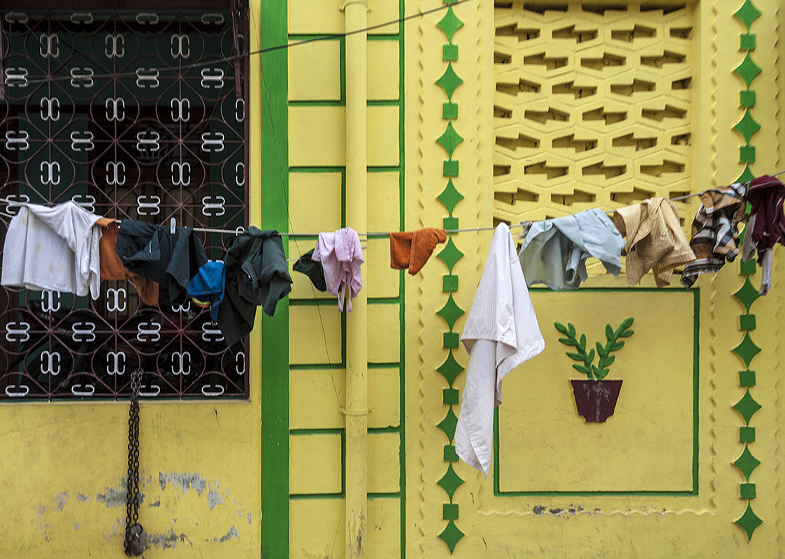 Madurai :: Yellow and Green House